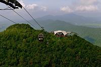 اضغط على الصورة لعرض أكبر.  الإسم:Langkawri-skybridge-Malaysia4-2.jpg مشاهدات:38 الحجم:49.2 كيلوبايت الهوية:102118